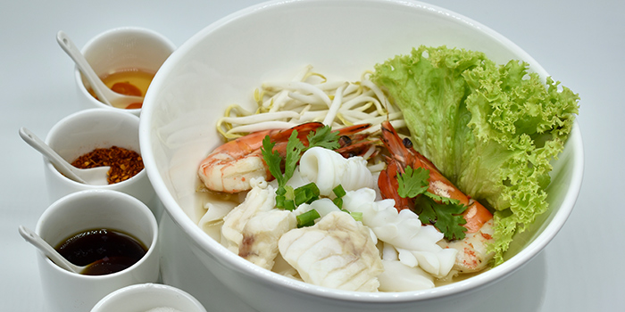 Seafood Noodle Soup from Thanying Restaurant at Amara Singapore in Tanjong Pagar, Singapore
