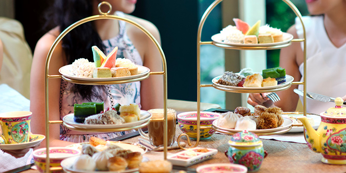 Afternoon Tea Experience from The Lobby Lounge at Shangri-La Hotel in Tanglin, Singapore