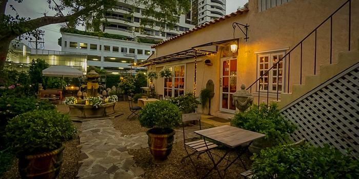 Garden Seating from Love Me Tender - à la plancha - at 163/1 Soi Sukhumvit 39 Klong Tan Neua, Wattana Bangkok