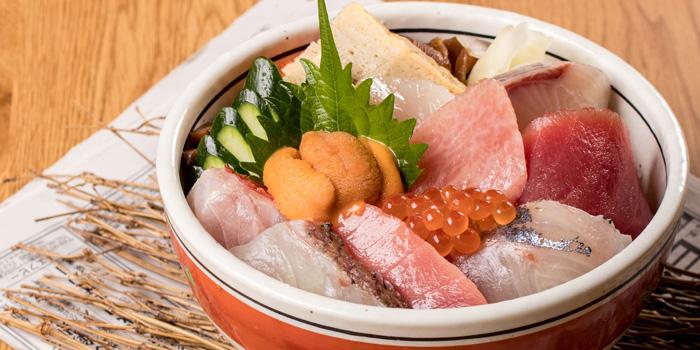 Mixed Sashimi from Sushi Totoya at 8 The Horizon Soi Sukhumvit 63 Phra Khanong Nuea, Watthana Bangkok