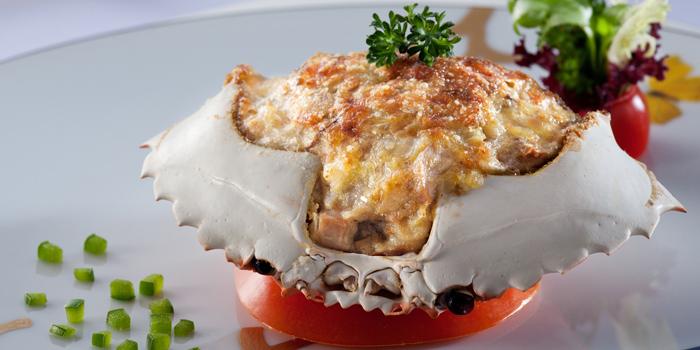 Baked stuffed crab shell, Sun Tung Lok, Tsim Sha Tsui, Hong Kong