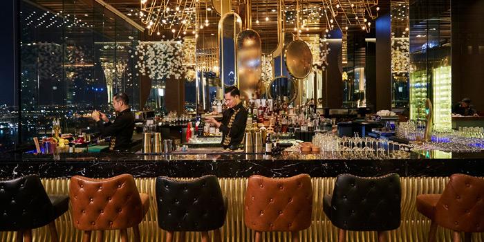 Bar Area of SEEN Restaurant & Bar Bangkok at AVANI Riverside Bangkok Hotel, Charoennakorn Road, Bangkok