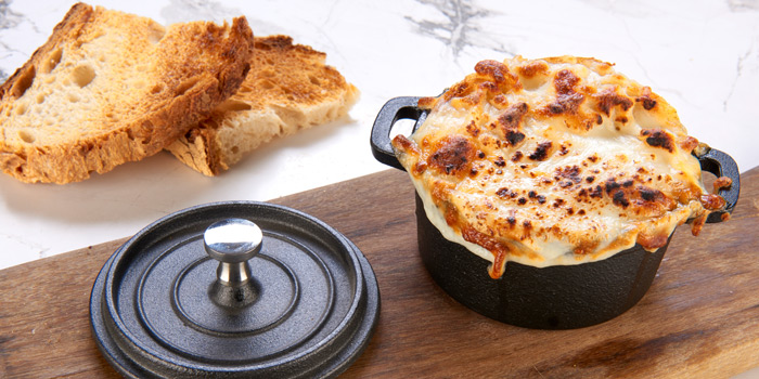 Onion Soup from Victoria By Cocotte at EmQuartier 637 Sukhumvit Rd Khlong Tan Nuea, Watthana Bangkok