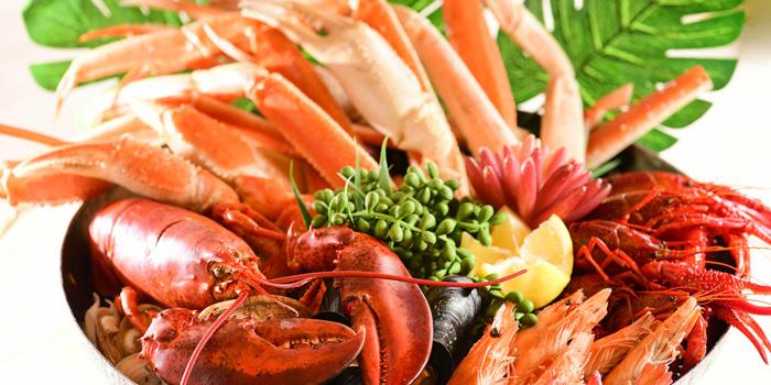 Quality Seafood on Ice, The Place, Mongkok, Hong Kong
