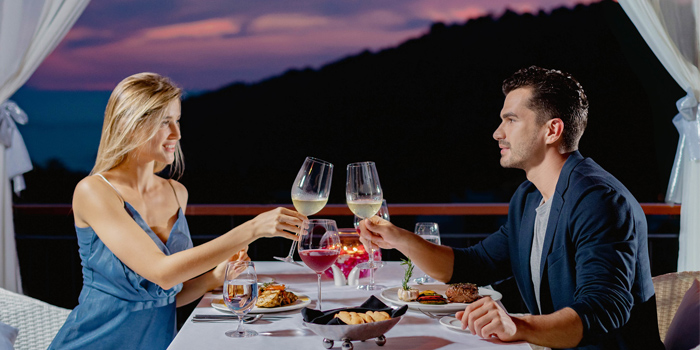 Romantic Dinner of Sizzle in Patong, Puket, Thailand