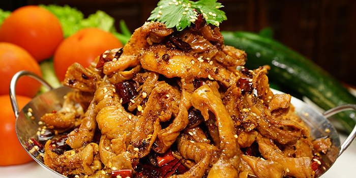 Griddle Pig Intestine from Frog Meat Fish Head 美蛙鱼头 in Chinatown, Singapore