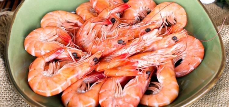 Udang Vaname Rebus at Pesisir Seafood