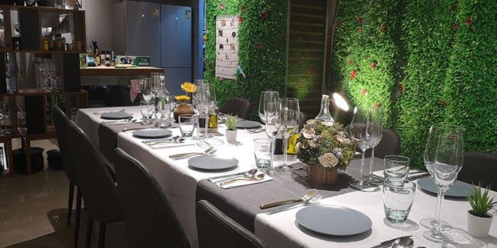 Dining Tables, RACK Cuisine, Tsim Sha Tsui, Hong Kong