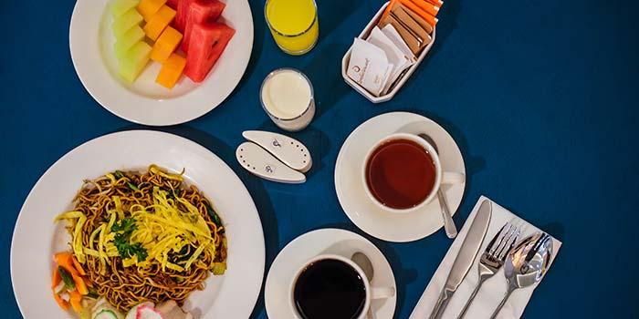 Special Buffet Dish at Fresto Asia (Jambuluwuk Thamrin Hotel)