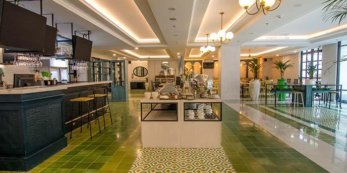 Interior 3 at Fresto Asia (Jambuluwuk Thamrin Hotel)
