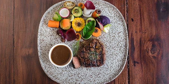 Australian Sirloin at Cutt & Grill (Senopati)