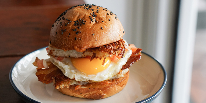 Breakfast Burger from Sarnies Cafe at Telok Ayer in Raffles Place, Singapore