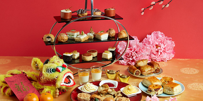 Chinese New Year Afternoon High Tea Set from Lobby Lounge & Bar at Holiday Inn Singapore Orchard City Centre in Orchard, Singapore
