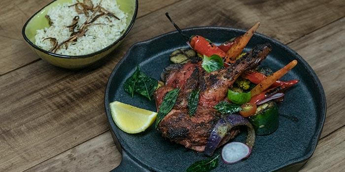 Grilled Chicken Tandoori at Cutt & Grill (Tebet)