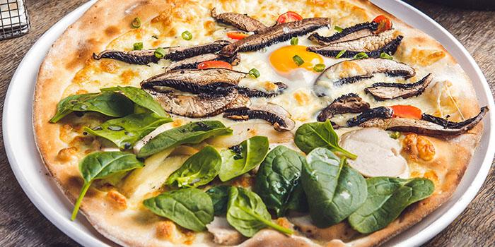 Peperoni Half-Half Pizza (Chicken Truffle and Portobello) from Peperoni Pizzeria in Biopolis in Buona Vista, Singapore