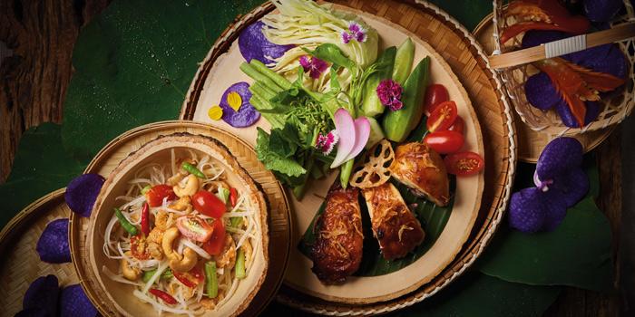 Som Tam Gai Yang from Spice Market at Anantara Siam in Ratchadamri, Bangkok