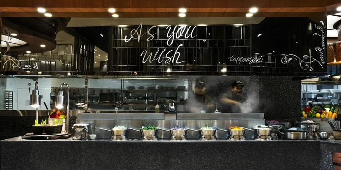Teppan Station at Asia Restaurant Ritz Carlton, Jakarta