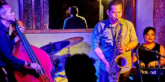 Jazz NIght at bridges Bali