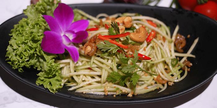 Spicy Mango Salad from Kin Kao Mai Thai Restaurant in Punggol, Singapore