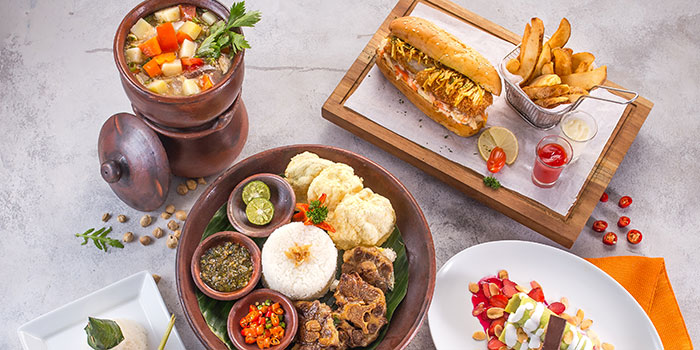 HARRIS Cafe (HARRIS Hotel Tebet Jakarta)