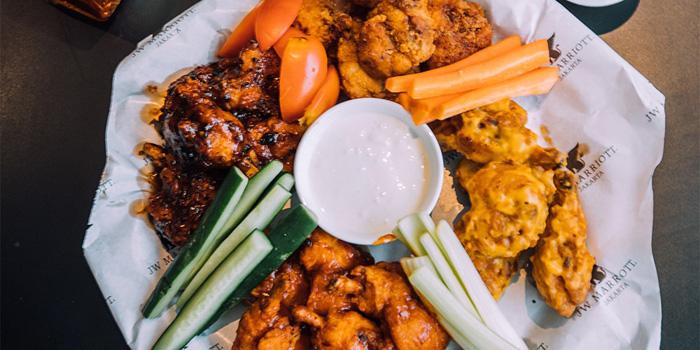 Chicken Wings at Blu Martini, JW Marriott Mega Kuningan