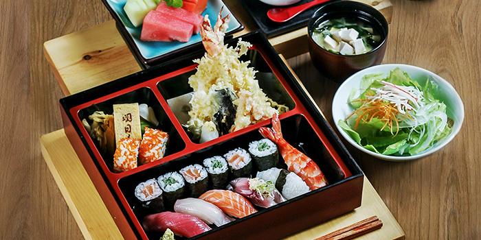 Sushi Bento at Asuka (JW Marriott)