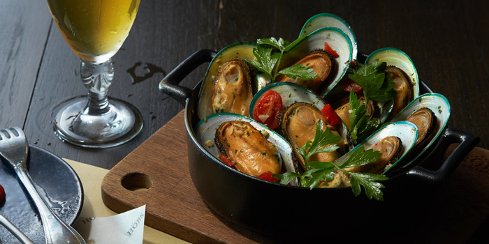 NZ Mussels from HOBS the Play House at Groove, Central world 1fl Ratchadamri Road Pathumwan District Bangkok