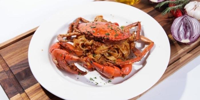 Fettucchine Al Granchio at Crazy Uncle Restaurant & Bar