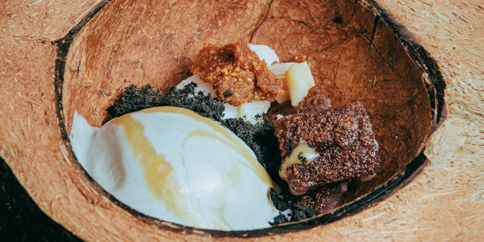 Dessert from Na-Oh Bangkok at 460/8 Sirindhorn Rd Bangphlat, Bangkok