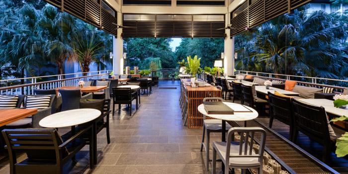 Outdoor of Eat Drink Love Bistro Srinakarin at The Park Nine, 26 Srinakarin 59 Road Nong Bon, Prawet, Bangkok