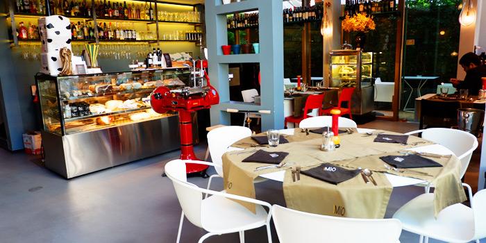 Dining Area of Mio Food&Art at 61/1 Sukhumvit 53, Khlong Tan Nuea, Watthana, Bangkok