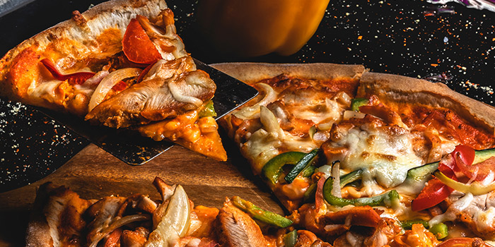 Chicken Tikka Pizza from Cali, Ascott Raffles Place in Raffles Place, Singapore