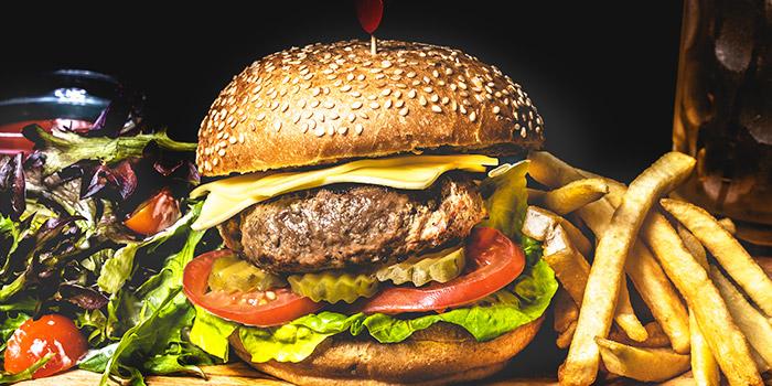 Wagyu Burger from Cali, Ascott Raffles Place in Raffles Place, Singapore