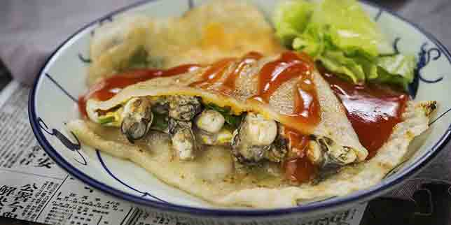 Baby Oysters Pancake, The Night Market, Central, Hong Kong