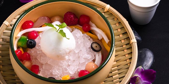Dessert from Plate at Carlton Bangkok Hotel, 491 Sukhumvit Rd, Khlong Toei Nuea, Watthana, Bangkok