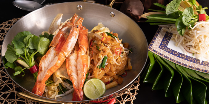 Phadthai with Prawn from Plate at Carlton Bangkok Hotel, 491 Sukhumvit Rd, Khlong Toei Nuea, Watthana, Bangkok