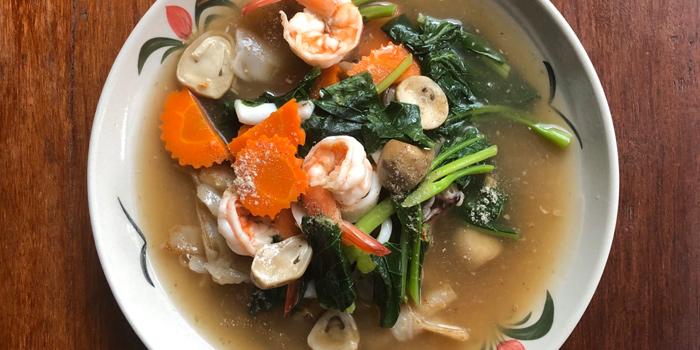 Seafood Noodles from The Kitchen at Yenakat at 26, 3 Yen Akat Rd Thung Maha Mek, Sathon Bangkok