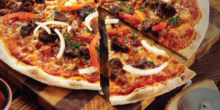 Pizza Rendang at OPEN} Restaurant (DoubleTree By Hilton Jakarta)