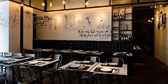 Interior, Greyhound Cafè (IFC), IFC, Hong Kong