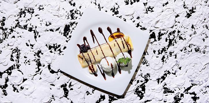 Fruit Crepe with Fresh Cream with Ice cream, Greyhound Cafè, Tseung Kwan O, Hong Kong