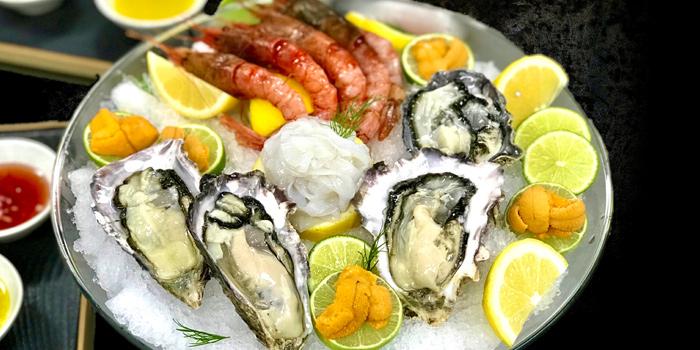 Crudo Raw Seafood Selection from Mediterra Restaurant at 14 Soi Sukhumvit 23, Khwaeng Khlong Toei Nuea, Khet Watthana, Bangkok