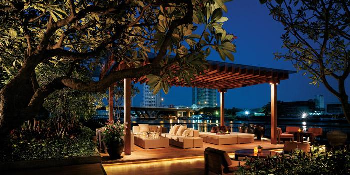 Outdoor Ambience of NEXT2 Cafe at Shangri-La Hotel, Bangkok