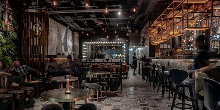 Dining Area, 8Five2 Restobar, Tsim Sha Tsui, Hong Kong