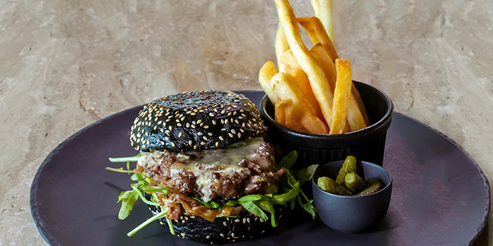 Raffles Burger at Arts Café by Raffles (Raffles Jakarta)