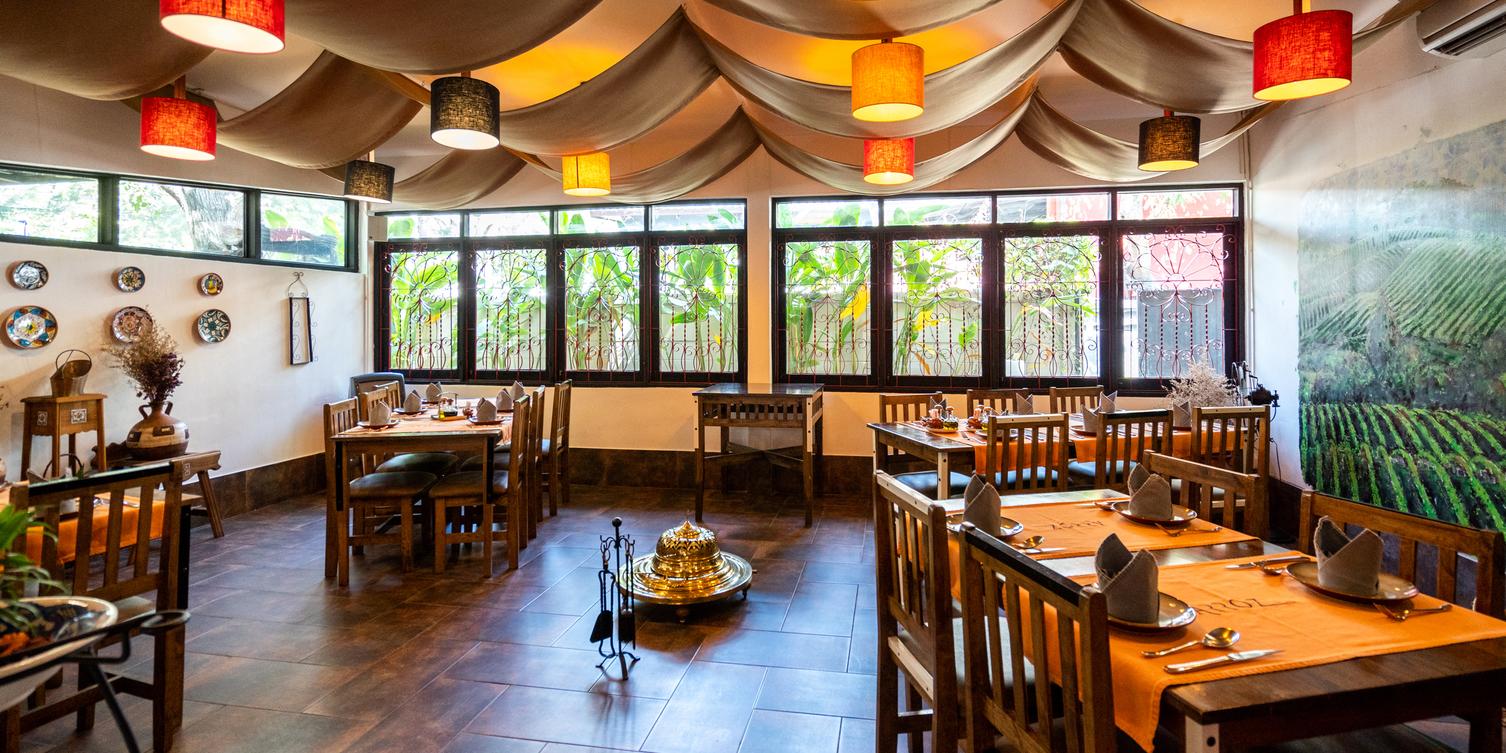 Indoor from Arroz Spanish Rice House at 112 Sukhumvit 53 Klongtan-Nua Wattana, Bangkok