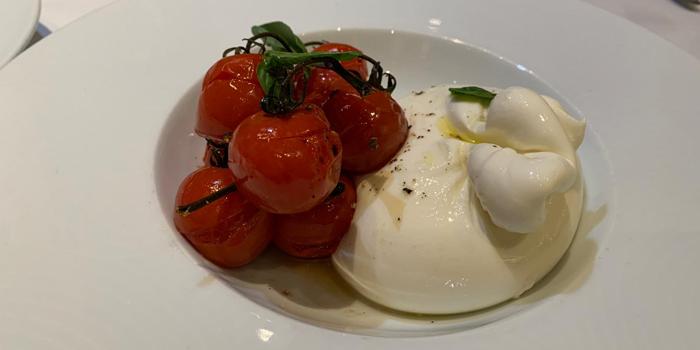 Heirloom Tomatoes and Buffalo Mozzarella Salad, Aria, Central, Hong Kong