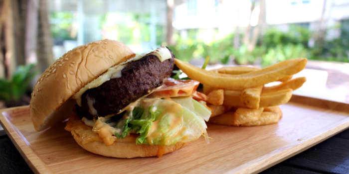 House Herbs Beef Burger from Shutters at Amara Sanctuary in Sentosa, Singapore