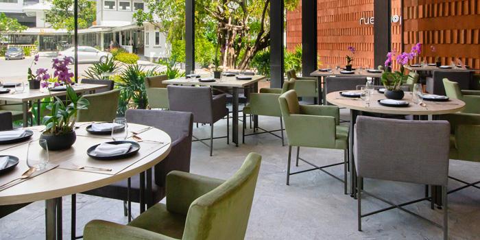 Dining Area of Ruen Noppagao at 27 Soi Piphat North Sathorn Road, Silom Bang Rad, Bangkok