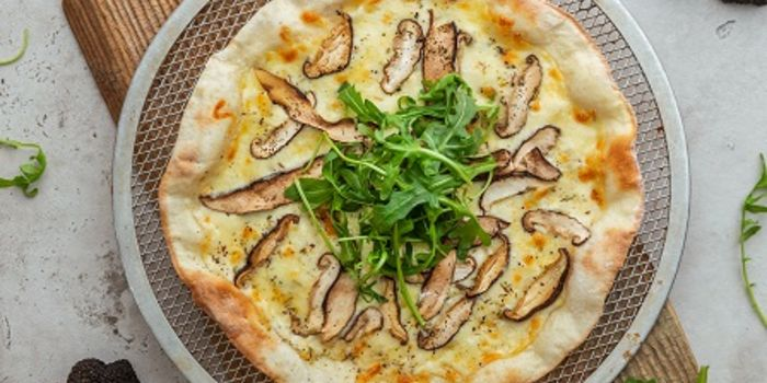 Wild Mushroom & White Truffle Pizza from Elemen @ HarbourFront Centre in HarbourFront, Singapore