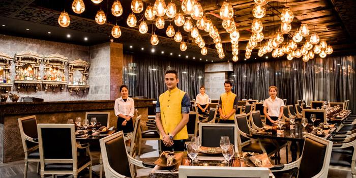 Ambience of Benares Modern Indian Cuisine at 18 Soi Sukhumvit 13, Khwaeng Khlong Toei Nuea, Khet Watthana, Bangkok